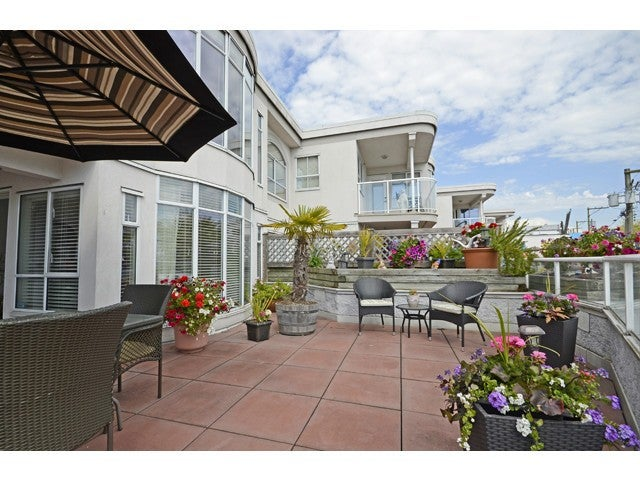 # 201 14965 MARINE DR - White Rock Apartment/Condo for sale, 2 Bedrooms (F1441046) #1