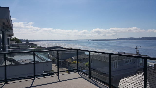 910 DOLPHIN STREET - White Rock House/Single Family for sale, 5 Bedrooms (R2066955) #1