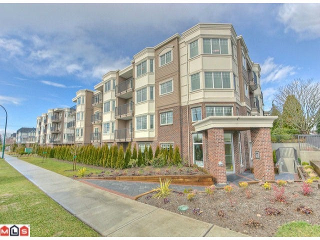 # 307 15389 ROPER AV - White Rock Apartment/Condo for sale, 2 Bedrooms (F1116872) #1